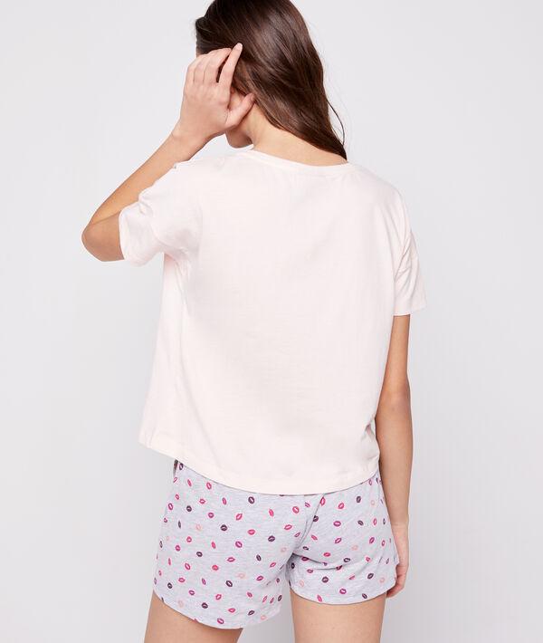 T-shirt z motywem psa Snoopy i napisem 'love more';${refinementColor}