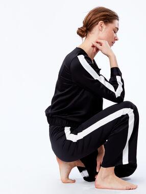 Satynowe spodnie z szerokimi nogawkami z lampasami w kontrastowym kolorze noir.