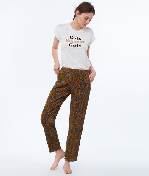 Spodnie w etniczny deseń