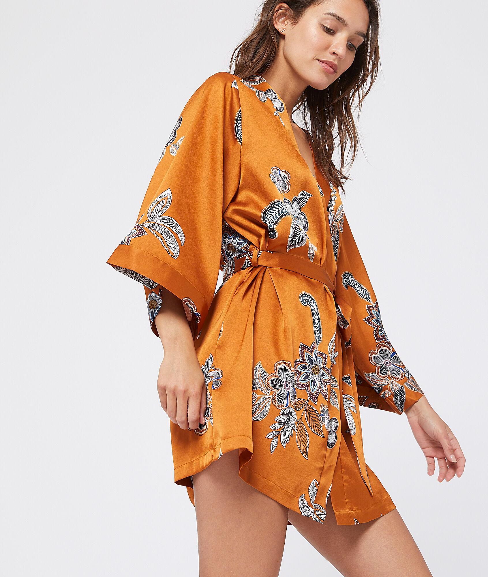 ALABAMA Satynowe kimono z nadrukiem