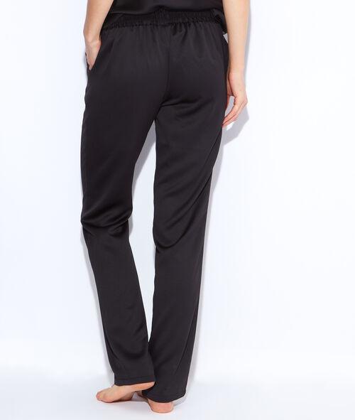Lejące spodnie z satyny
