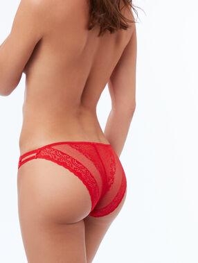Koronkowe majtki z elastycznymi paskami vermillon.