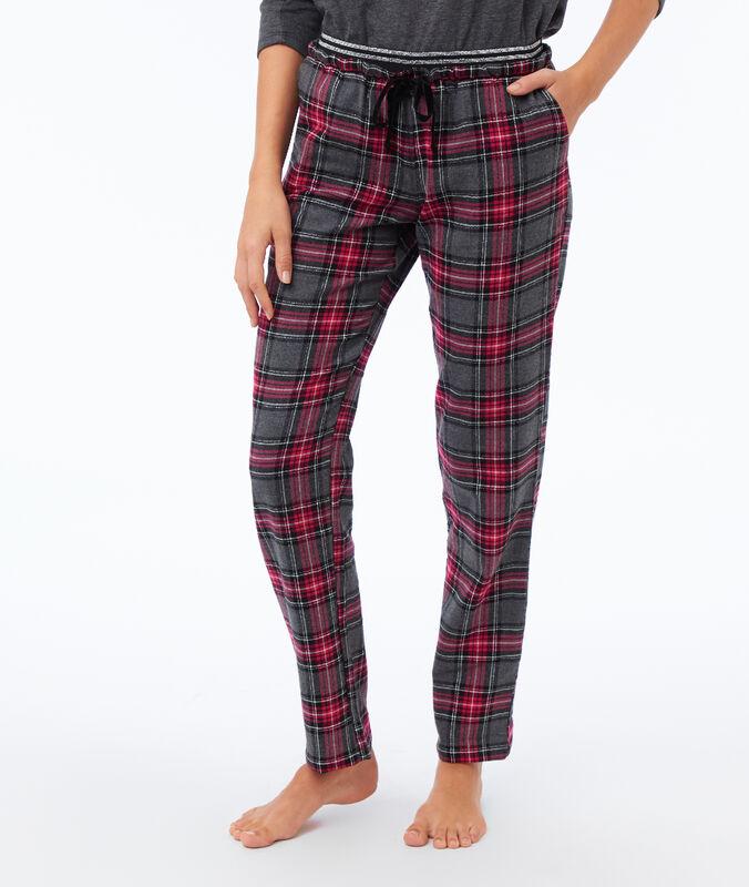 Spodnie w kratę rouge.