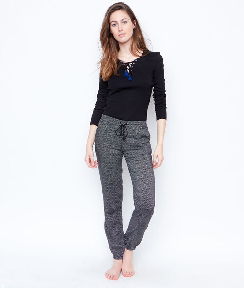 Spodnie w deseń