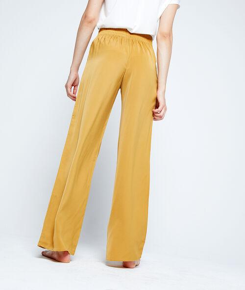 Spodnie z szerokimi nogawkami
