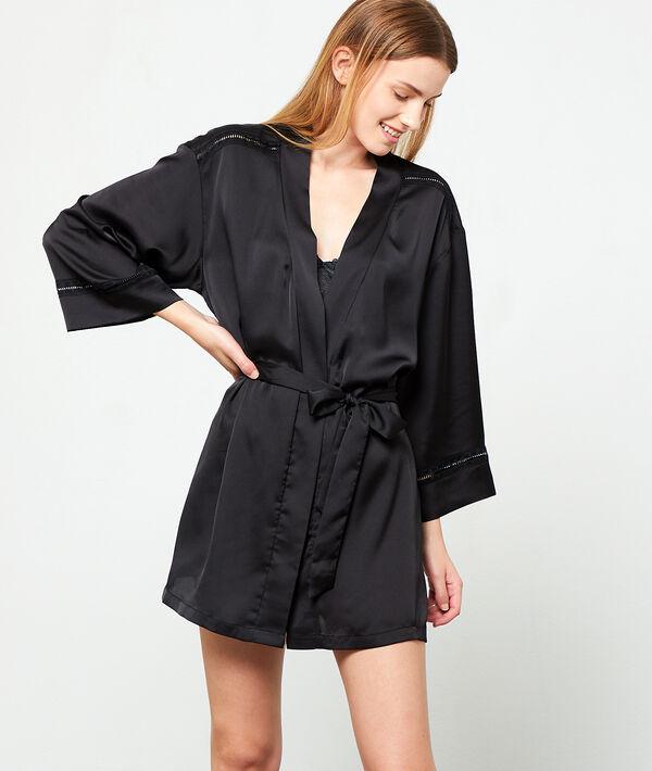 Satynowe kimono