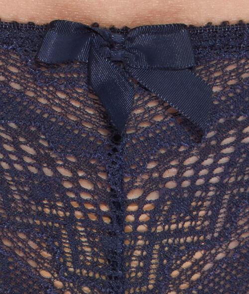 Koronkowe majtki typu tanga