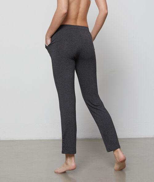 Dwukolorowe lejące spodnie