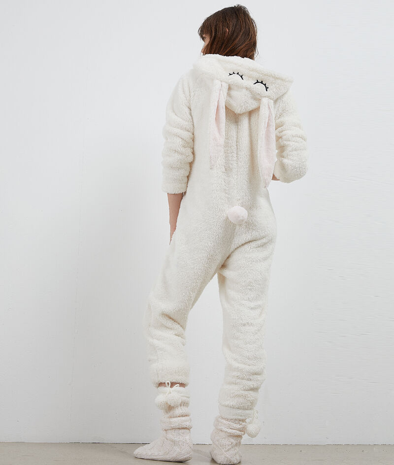 Kombinezon piżamowy królik;${refinementColor}