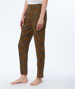 Spodnie w etniczny deseń bleu.