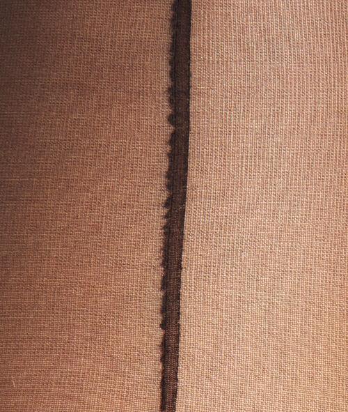 Przezroczyste rajstopy 15D ze szwem z tyłu