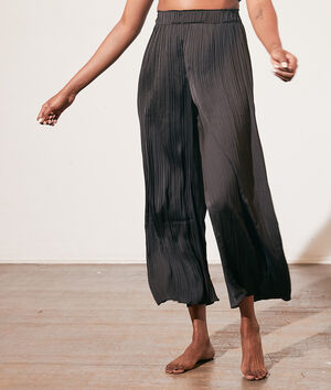 Plisowane spodnie od piżamy;${refinementColor}
