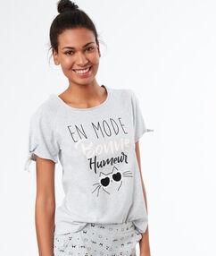T-shirt z nadrukiem gris.