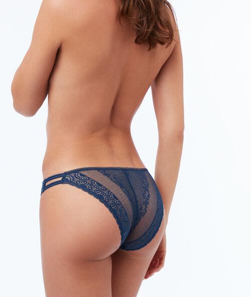 Koronkowe majtki z elastycznymi paskami
