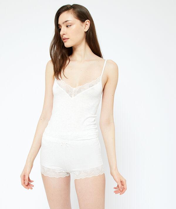 Piżamowe szorty ozdobione na dole koronką;${refinementColor}