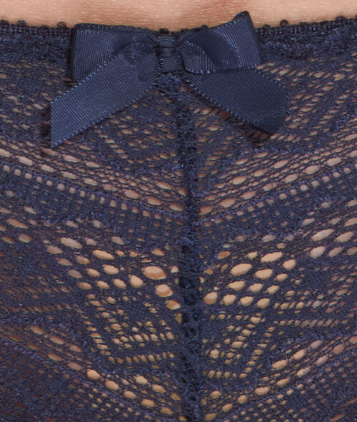 Koronkowe majtki biodrówki