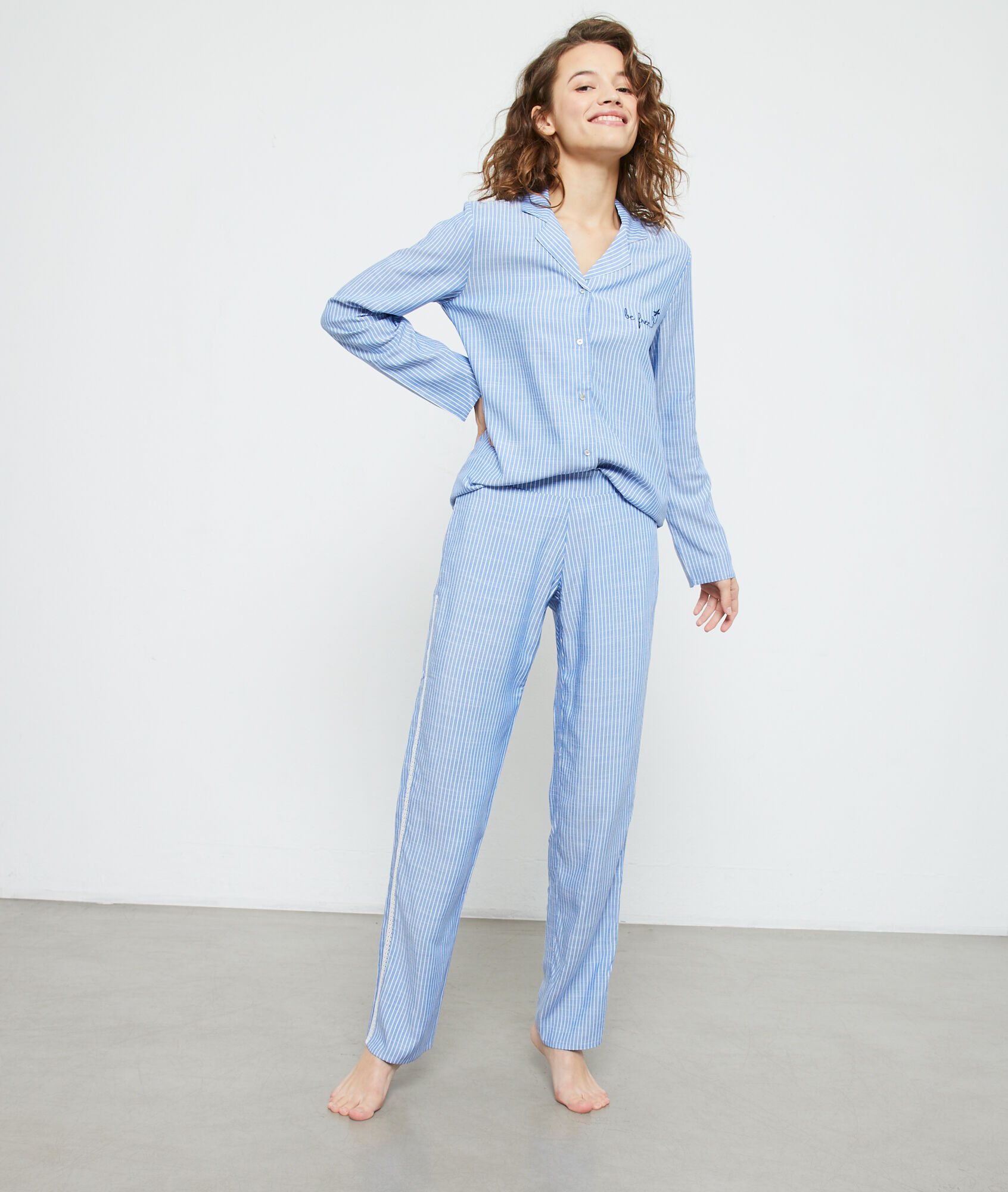 Koszula od piżamy z napisem 'be free' BLEU ETAM  P2mKy