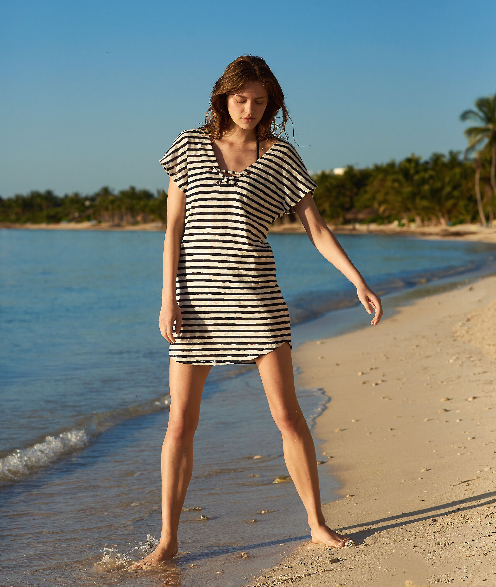 LOU Tunika plażowa w paski, metalowe oczka