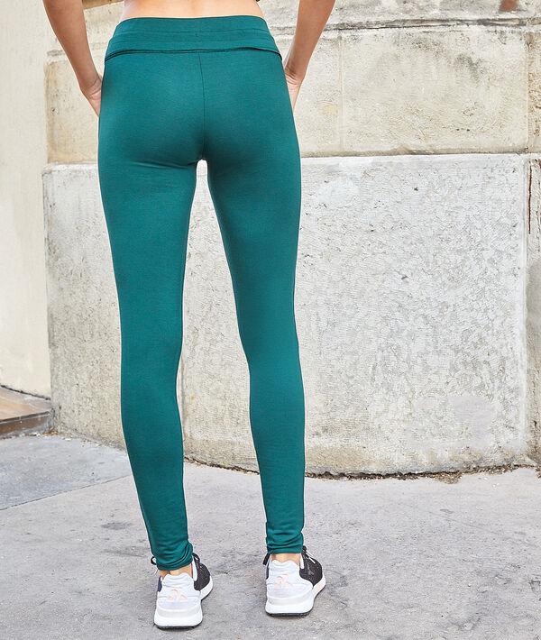 Spodnie sportswear z kieszeniami