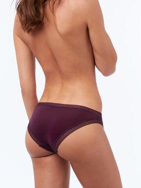 Majtki z dwóch materiałów violet.