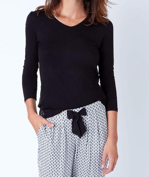 Klasyczna bluzka od piżamy ze wstawką z koronki